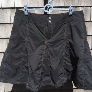 EUC Sahalie Black Skirt Skort Sz 12